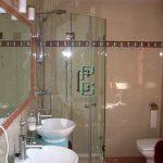 mamparas 10 150x150 - Mamparas de baño