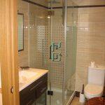 mamparas 16 150x150 - Mamparas de baño