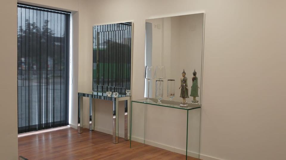 Muebles espejo – cristal